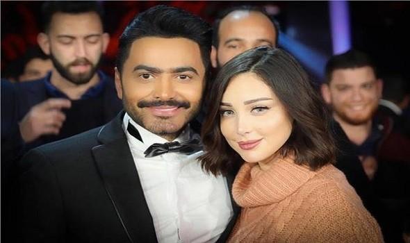 """بوسيل تُعيد نشر """"بيان انفصالها"""" وتامر حسني يُوجِّه لها رسالة ساخرة"""